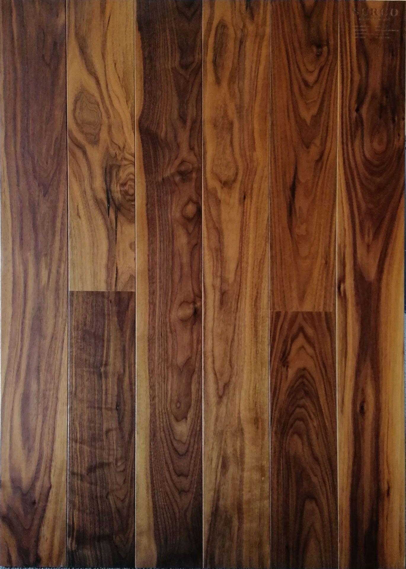 Suelo madera Nogal