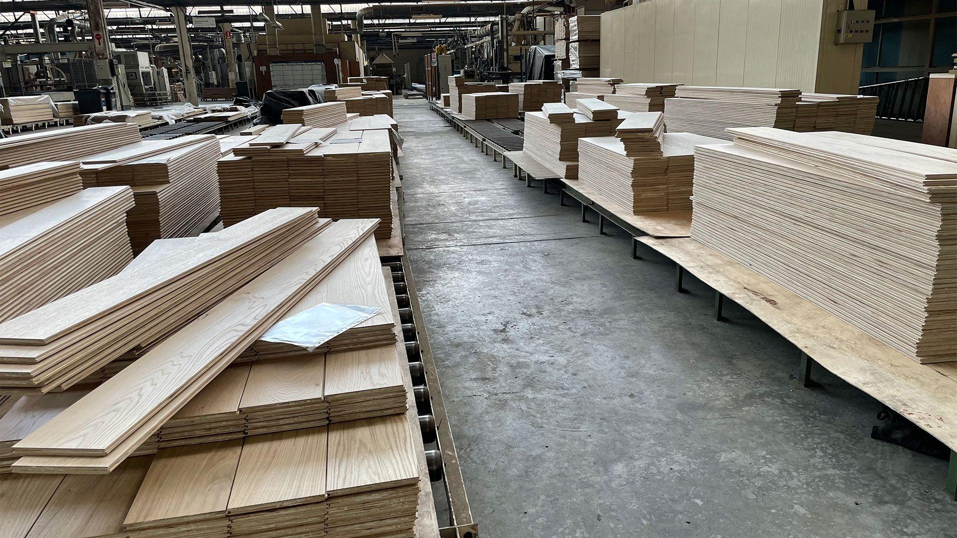 Interior de la fábrica de SURCO